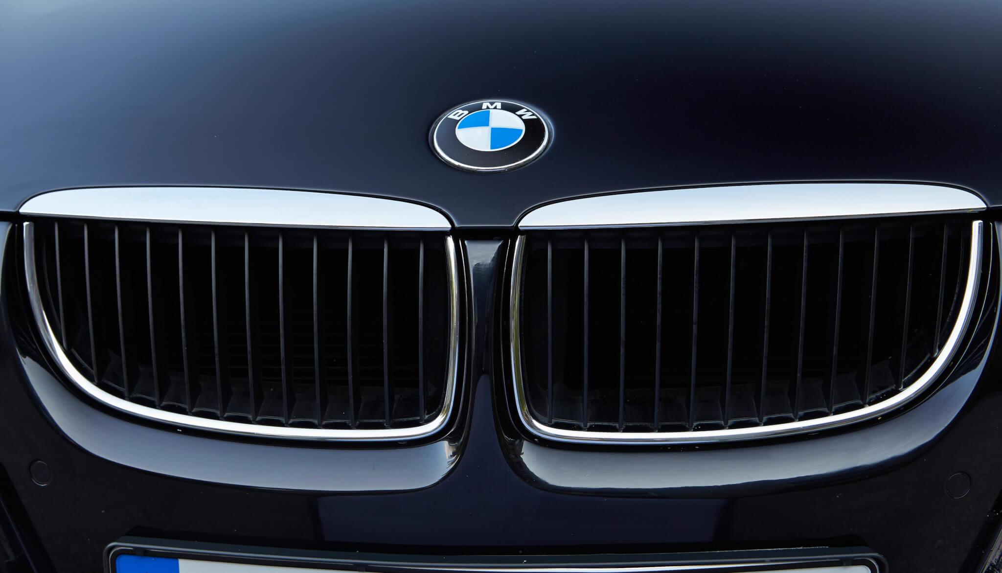 BMW E90 Grill Autodrom Magazin