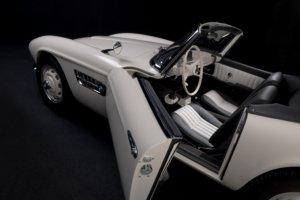 BMW 507 mit offener Tür