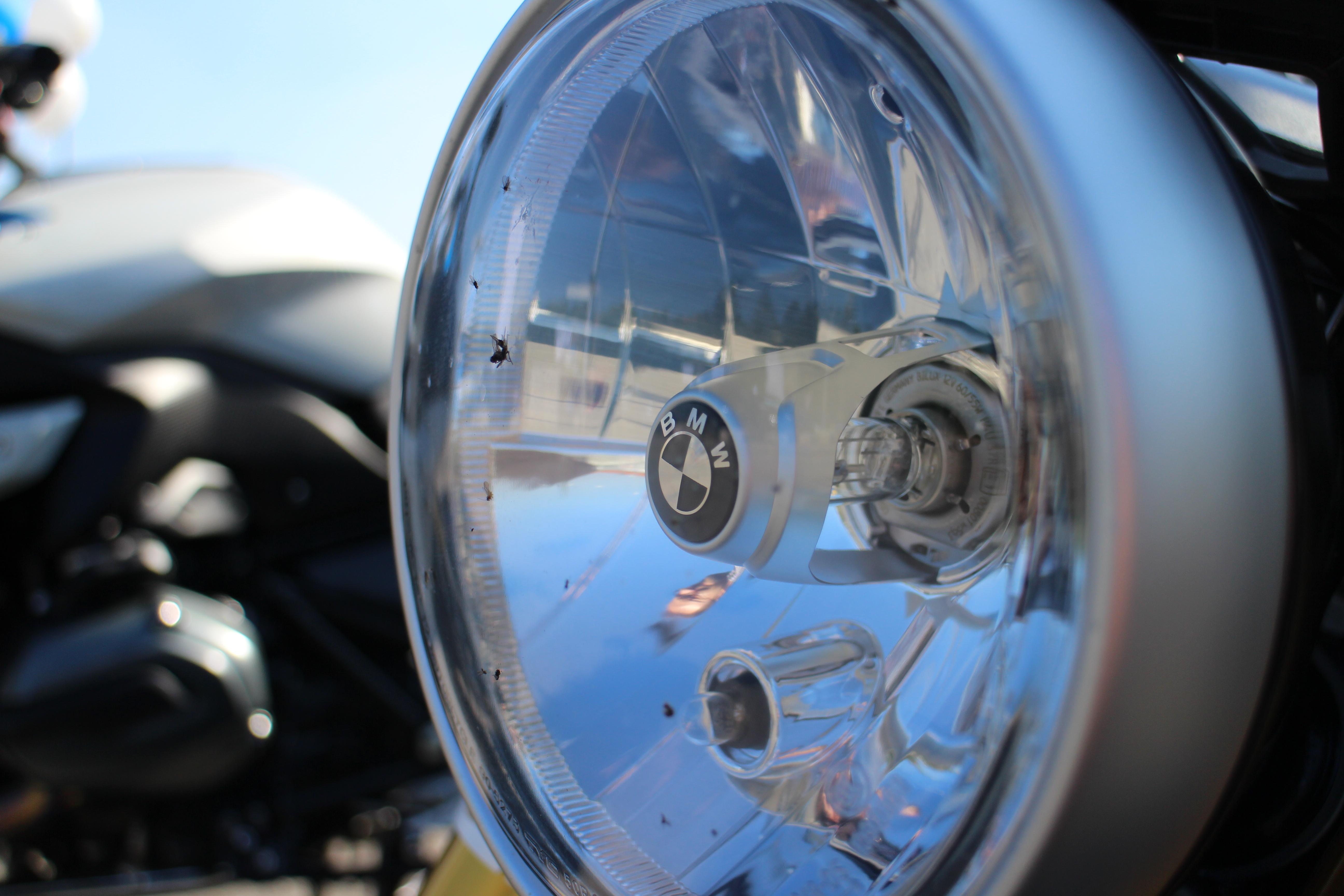 Scheinwerfer der BMW R nineT Autodrom Magazin