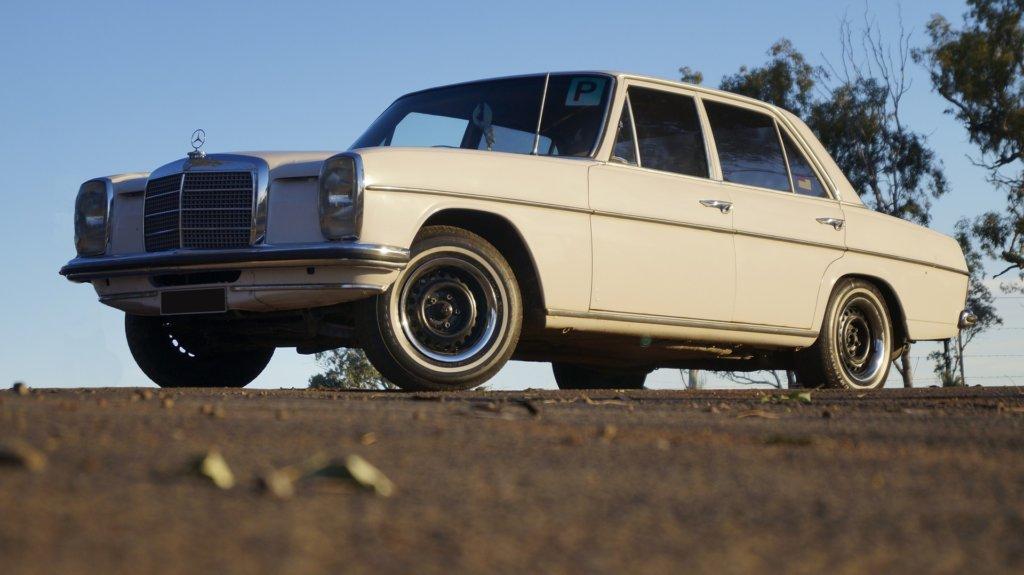 Mercedes Benz W114 W115 Oldtimer