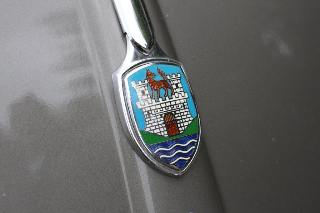 VW Käfer Emblem Wolfsburg