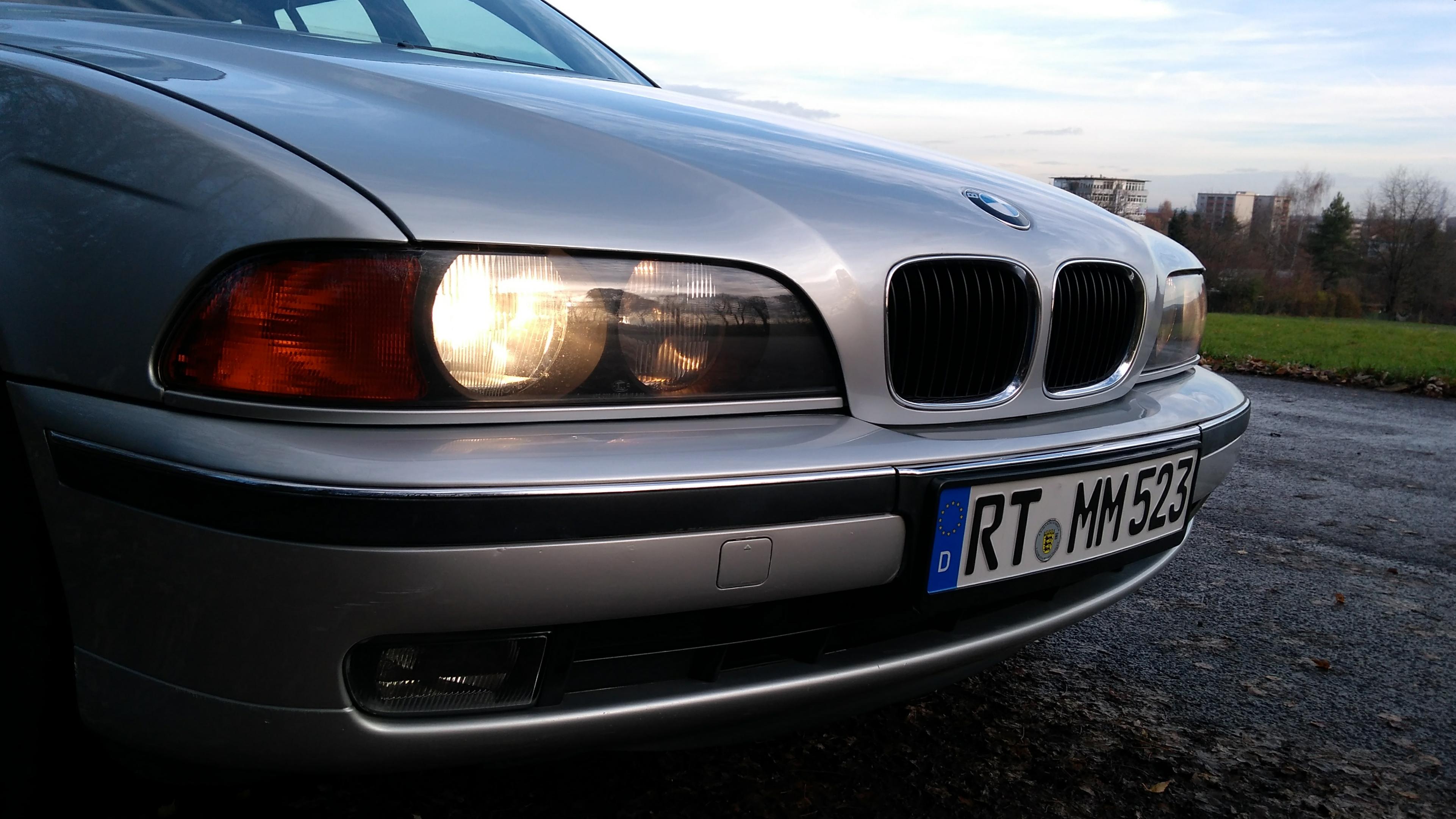 BMW E39 Touring 523i Front
