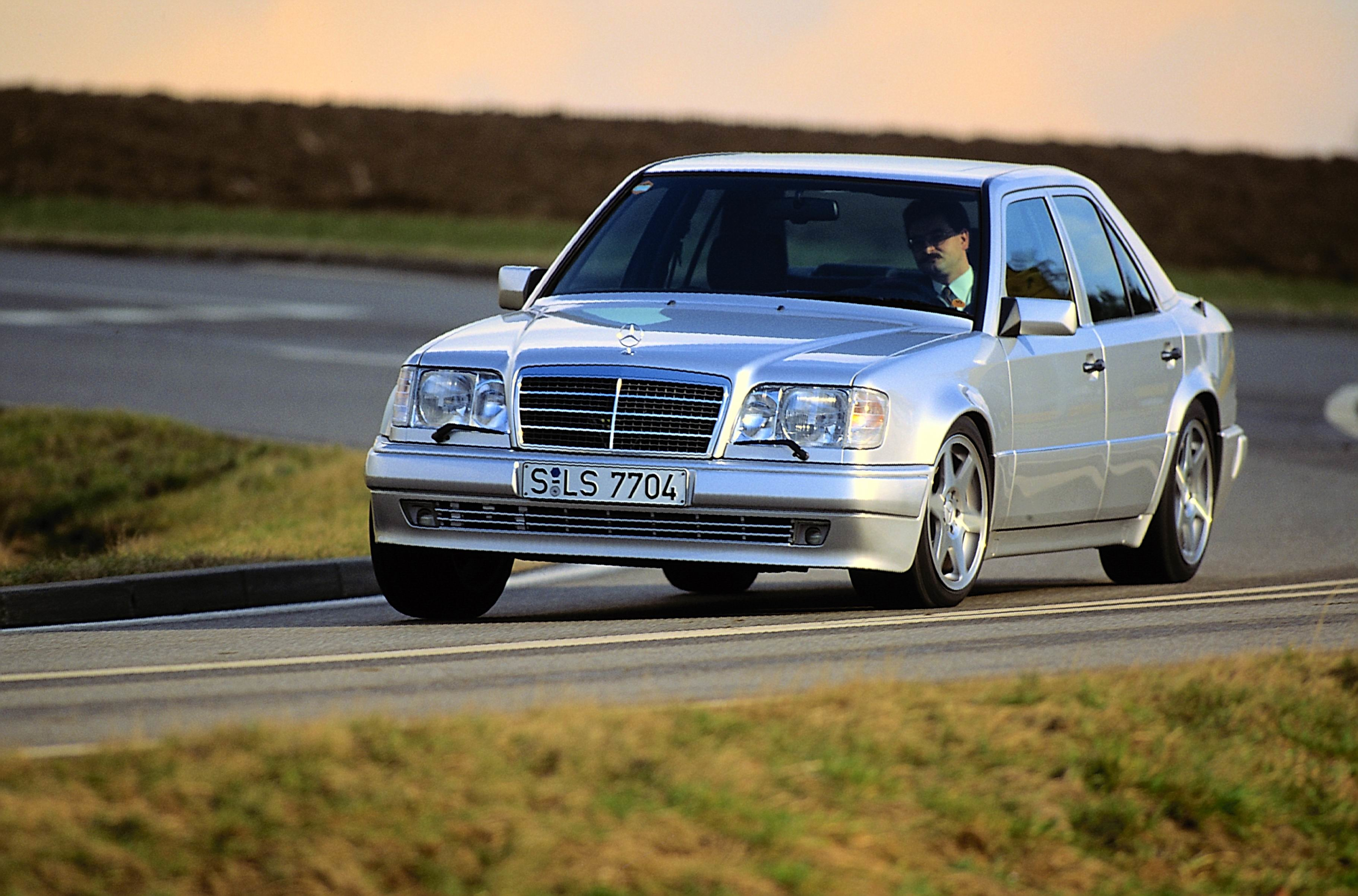 Mercedes-Benz E 500 Limited (W 124). Exterieur
